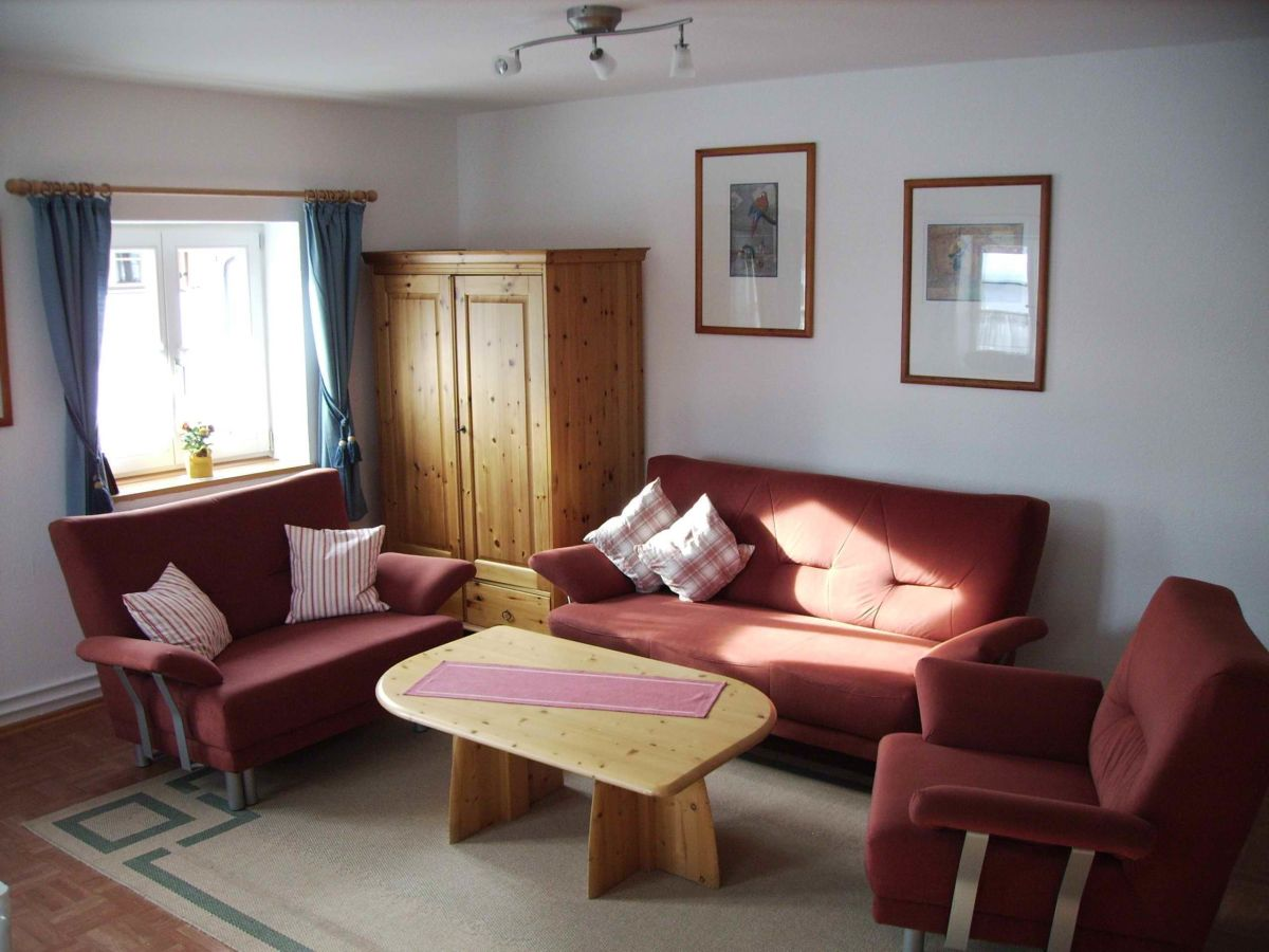 ferienwohnung landhaus geborgenheit 1 oberstdorf frau On couchgarnitur wohnzimmer