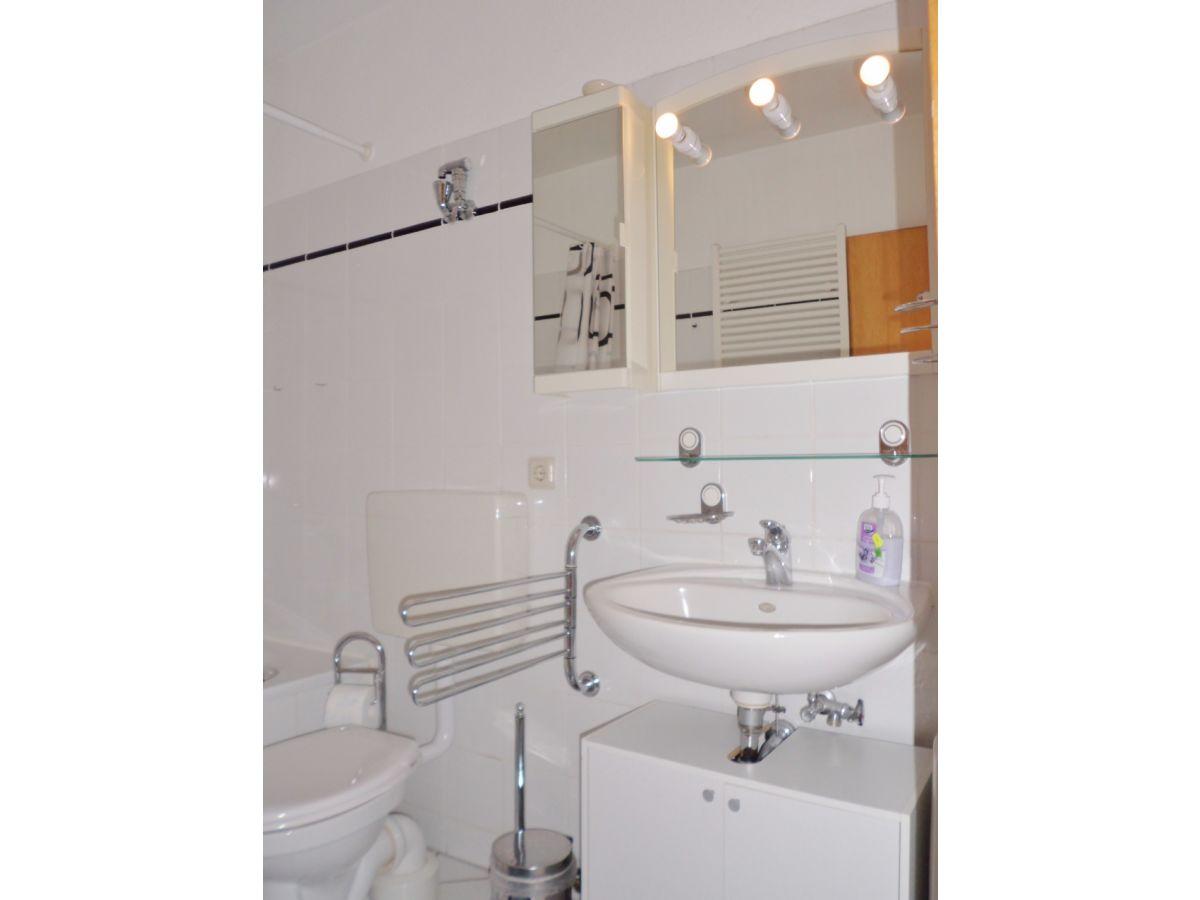 ferienhaus kampweg 22 nordsee cuxhaven firma heinemann immobilien herr steffen jagodzinski. Black Bedroom Furniture Sets. Home Design Ideas