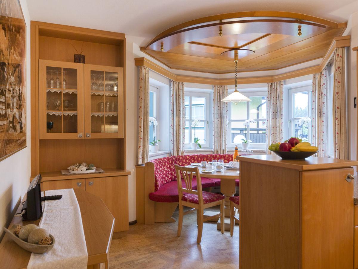 ferienwohnung familiengl ck leogang salzburger land firma landhaus leogang familie. Black Bedroom Furniture Sets. Home Design Ideas