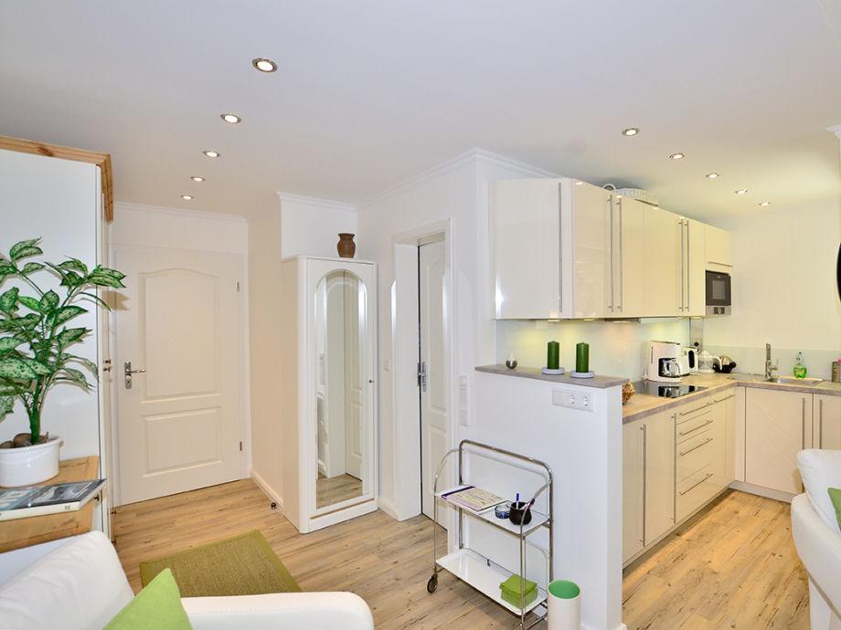 Küchenzeile Niedriges Fenster ~ ferienwohnung ro5, sylt, westerland firma apartmentvermittlung wiking frau dominique arnold