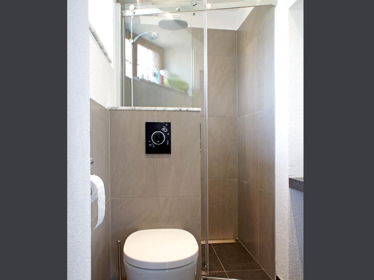 ferienwohnung r desheim rheingau hessen herr ralf reutershahn. Black Bedroom Furniture Sets. Home Design Ideas