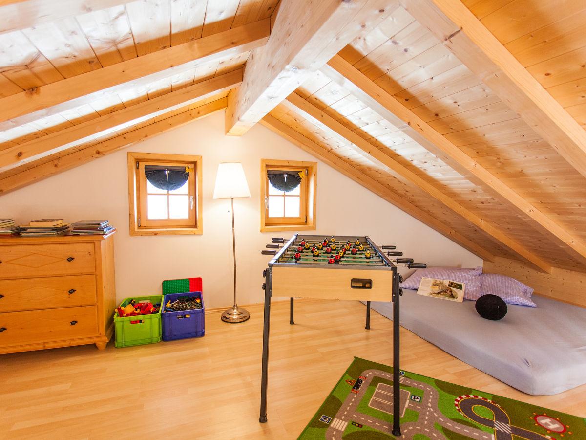 ferienwohnung urlaub auf dem langerhof wohnung seeblick bad heilbrunn herr paul abeltshauser. Black Bedroom Furniture Sets. Home Design Ideas