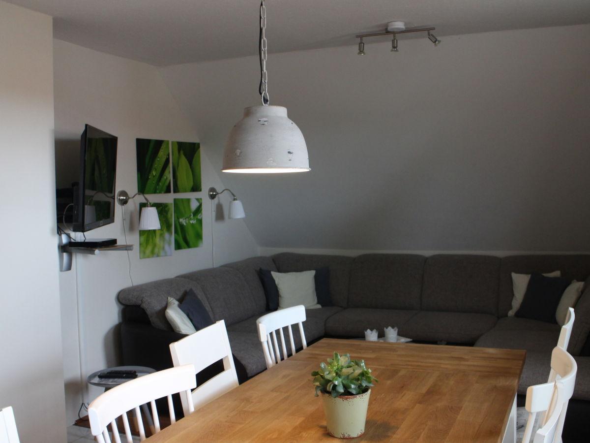 ferienwohnung storchennest sehlendorf hohwachter bucht. Black Bedroom Furniture Sets. Home Design Ideas