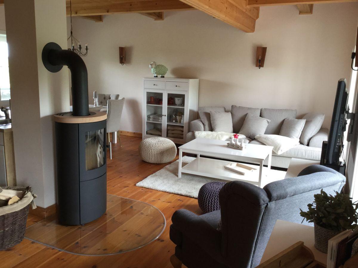 ferienhaus fachwerkhaus sudeblick elbtalaue mecklenburg vorpommern frau kerstin heinsohn. Black Bedroom Furniture Sets. Home Design Ideas