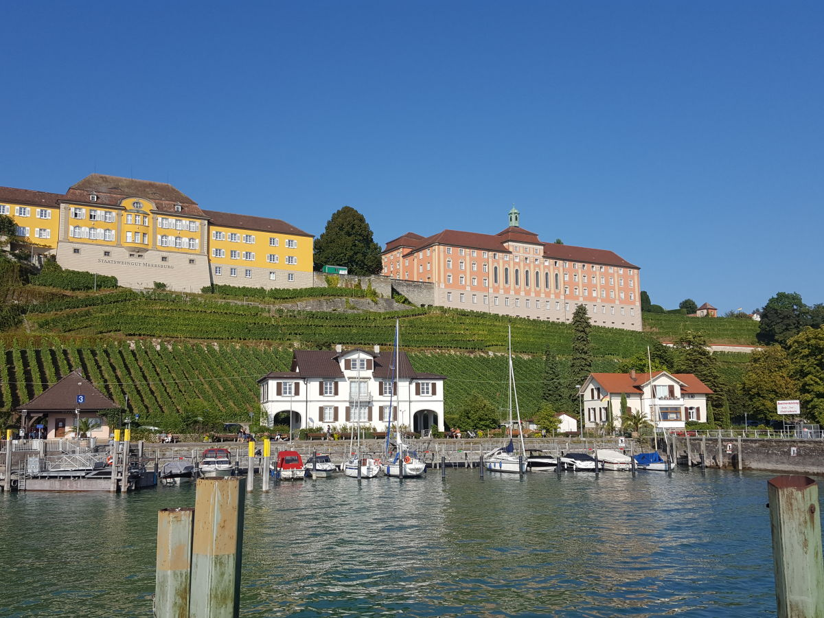 Holiday apartment michaela flat 1 hagnau am bodensee mrs for Apartment bodensee