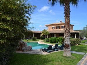 Villa 032 Petra
