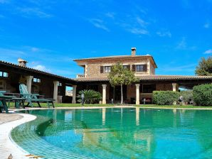 Traumhafte Villa 032 Petra