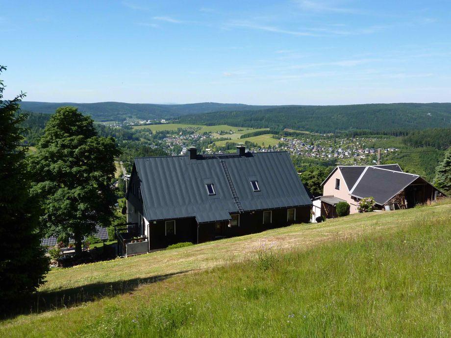 Sommer Blick nach Klingenthal und Richtung Bayern
