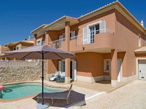 Villa Chazada