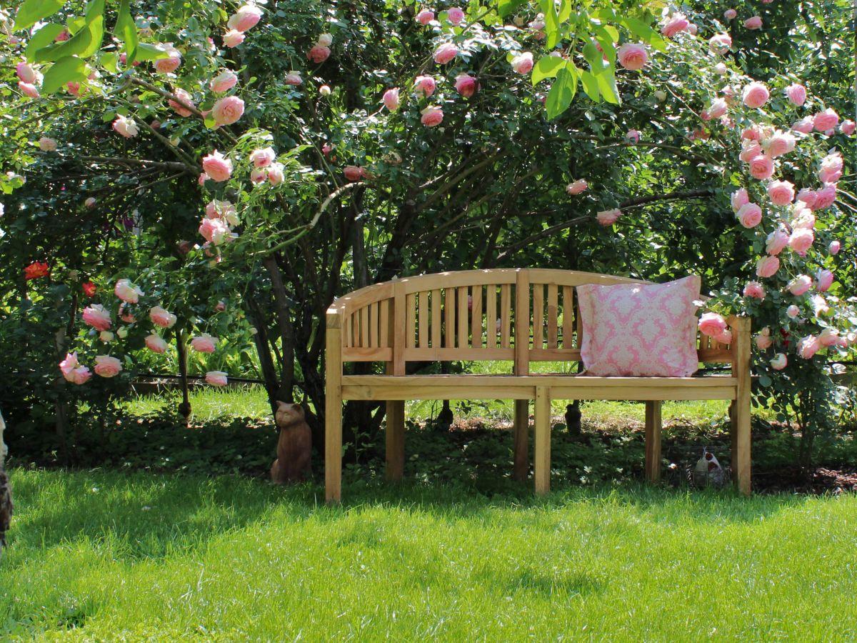 ferienwohnung kr sshof rosen pension s dtirol firma kr sshof familie johann u marianne kr ss. Black Bedroom Furniture Sets. Home Design Ideas