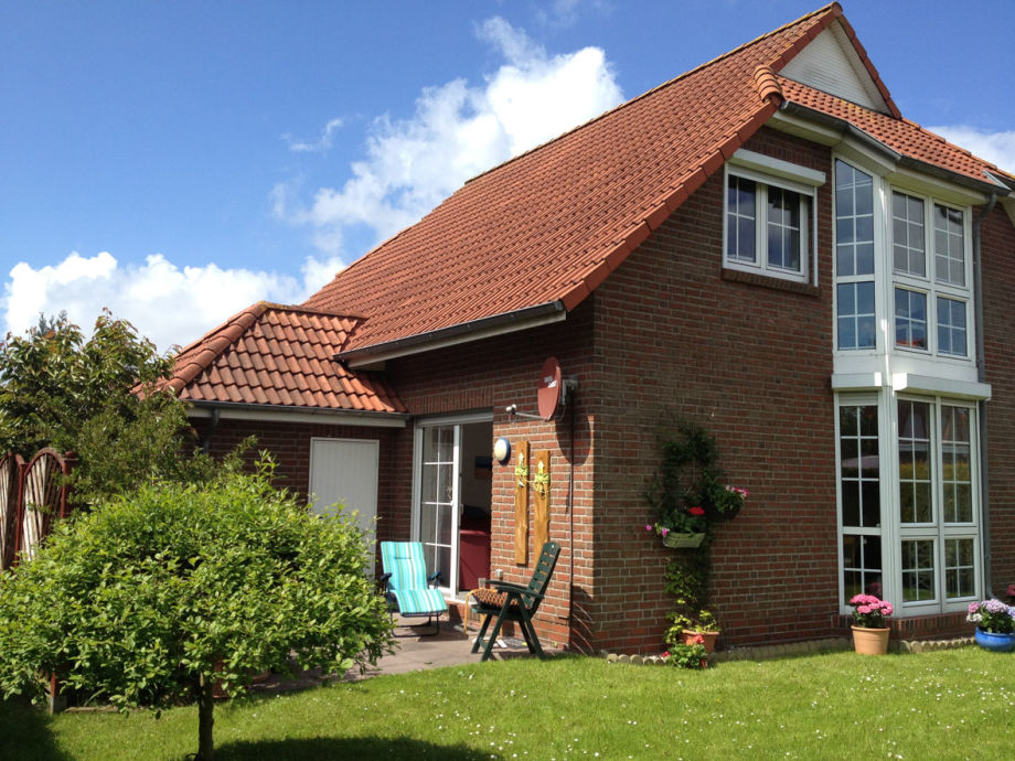 Doppelhaushälfte mit kleinem Garten