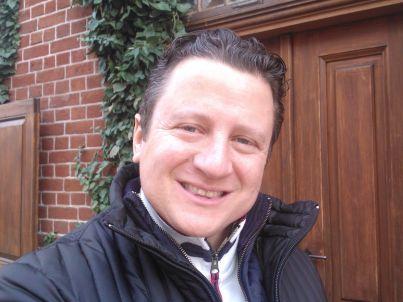 Ihr Gastgeber Holger Henze