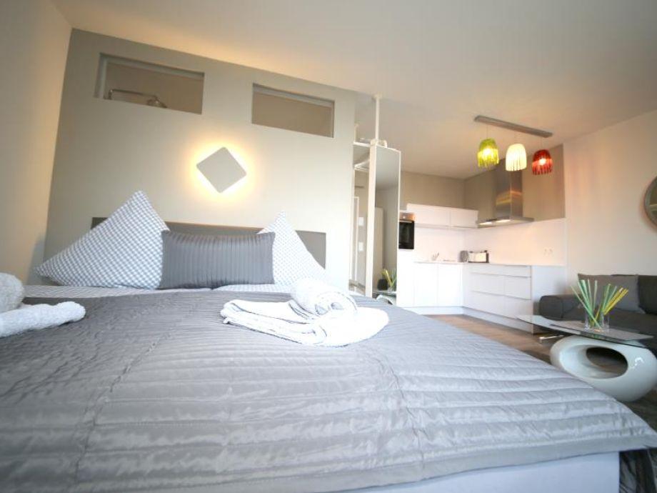 ferienwohnung capolino suite l becker bucht scharbeutz. Black Bedroom Furniture Sets. Home Design Ideas