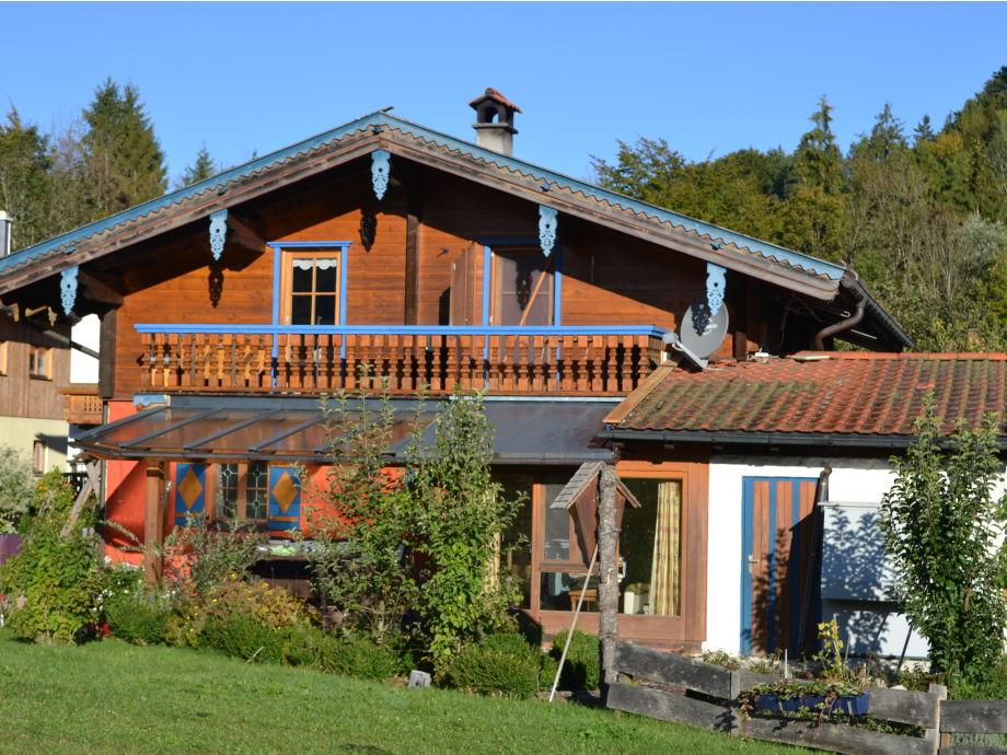 Südansicht mit Balkon der Ferienwohnung