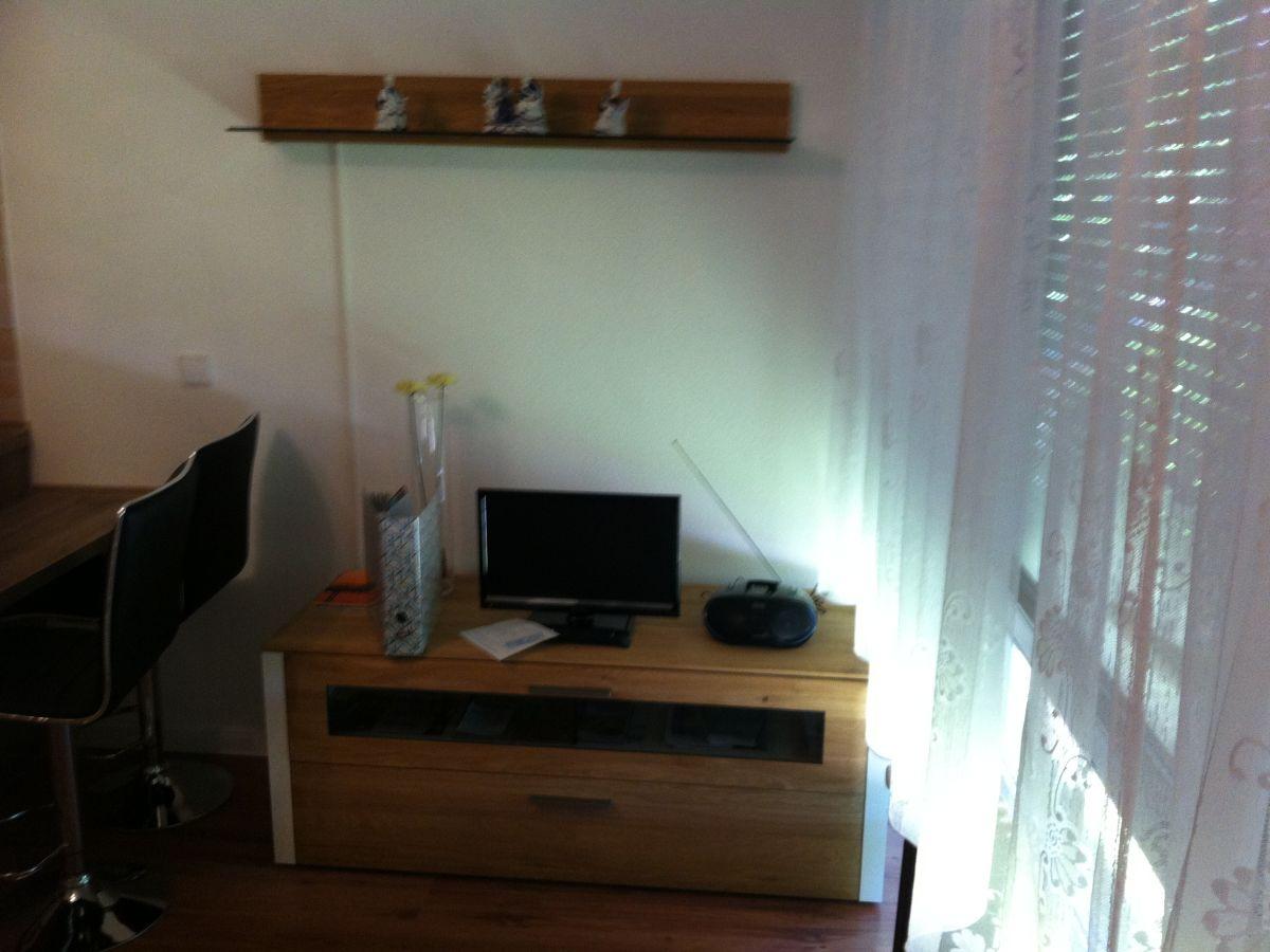 Bett Im Wohnzimmer Verstecken. Mustsee Small Cool Spaces Week Three ...