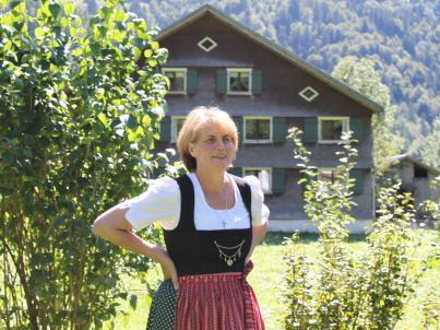Your host Annelies Geser