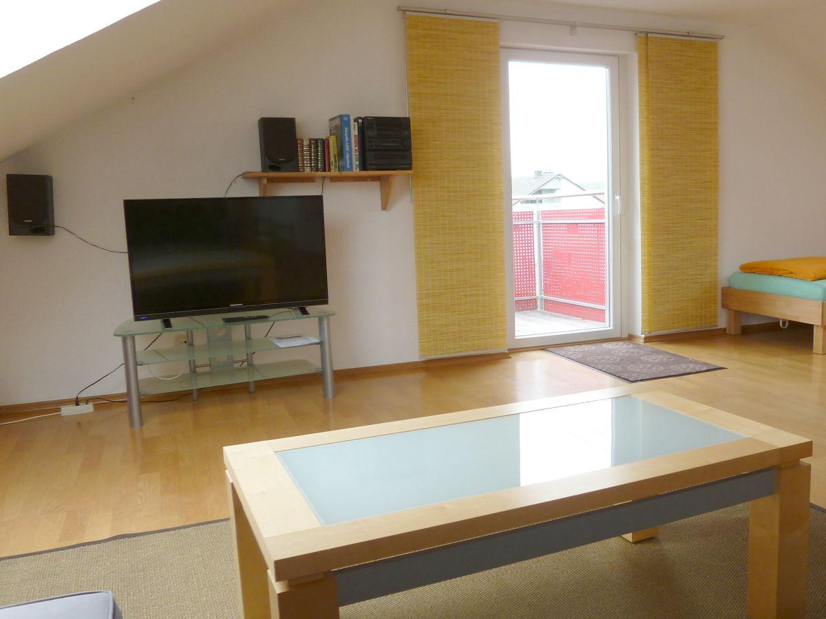 ferienwohnung otto augsburg firma bett n gl ck bernachtung fr hst ck frau annemarie. Black Bedroom Furniture Sets. Home Design Ideas