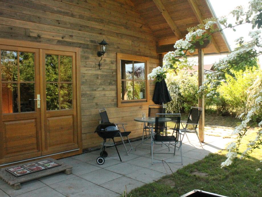 bungalow am see mecklenburgische seenplatte firma. Black Bedroom Furniture Sets. Home Design Ideas