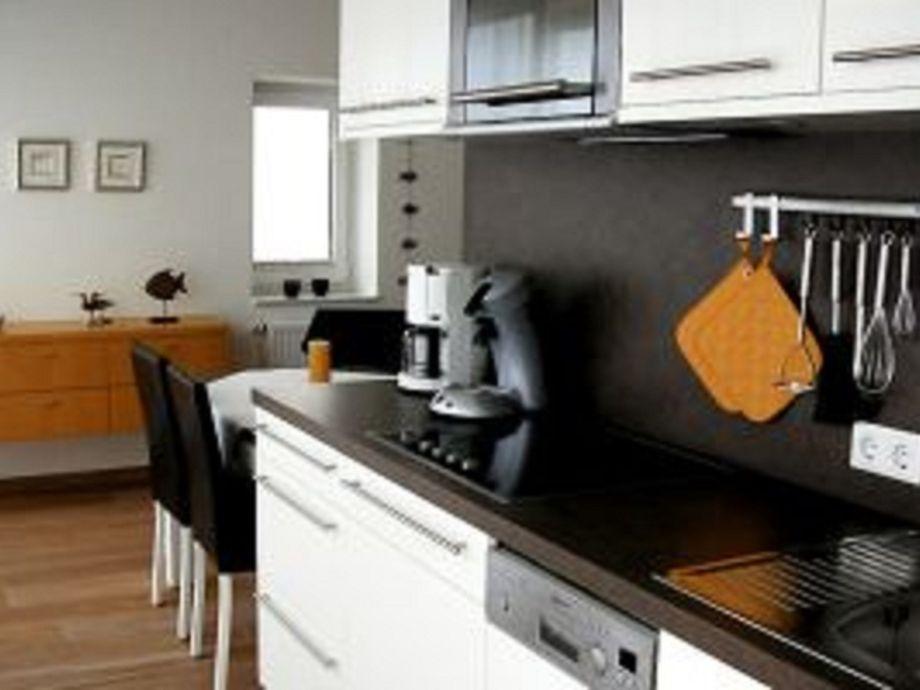 Die Küchenzeile ~ apartment seebox, app 5, norderney firma vermiet und