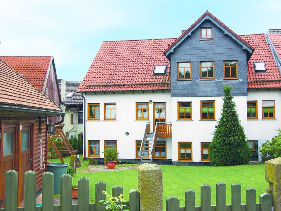 Ferienhaus (Gartenseite)