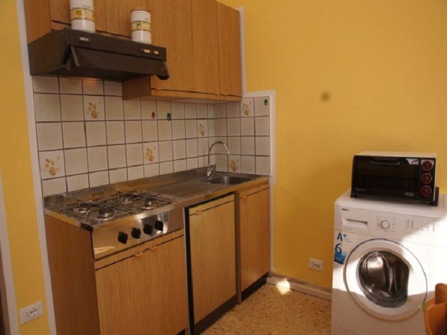 Küchenzeile Gasherd ~ apartment villa flora, imperia firma blumenriviera gmbh herr raul cocca