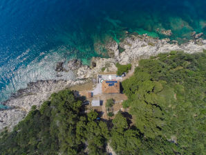 Villa Lighthouse Crna Punta