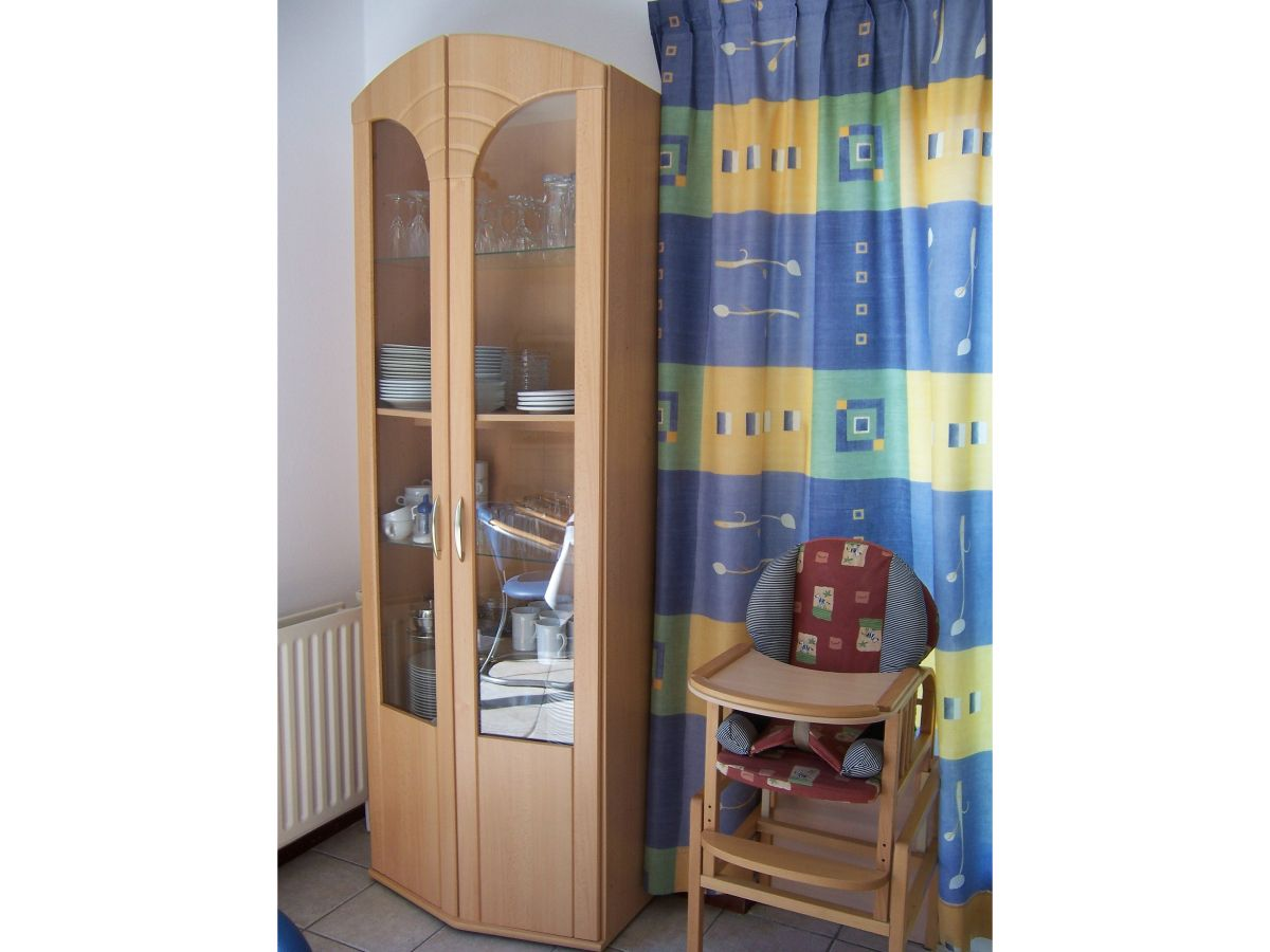 ferienhaus haus f r 6 pers im strandpark breskens s d. Black Bedroom Furniture Sets. Home Design Ideas