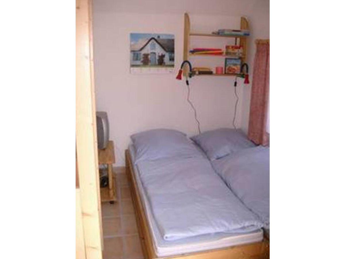 ferienwohnung strandkorb tossenser deich butjadingen tossens firma angelas ferienland. Black Bedroom Furniture Sets. Home Design Ideas