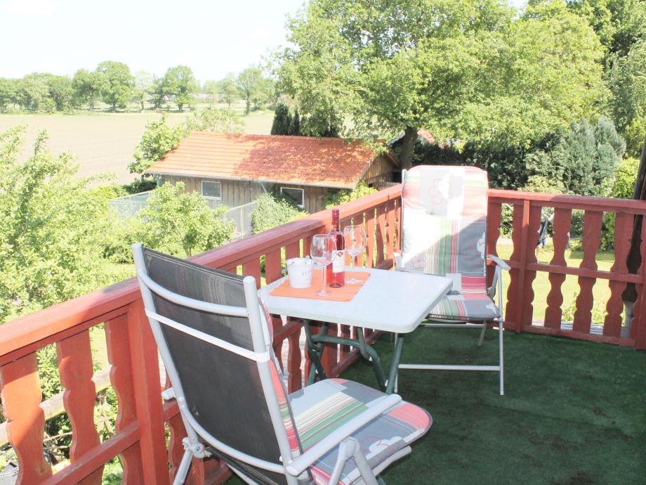 Vom Balkon freier Blick ins Grüne...