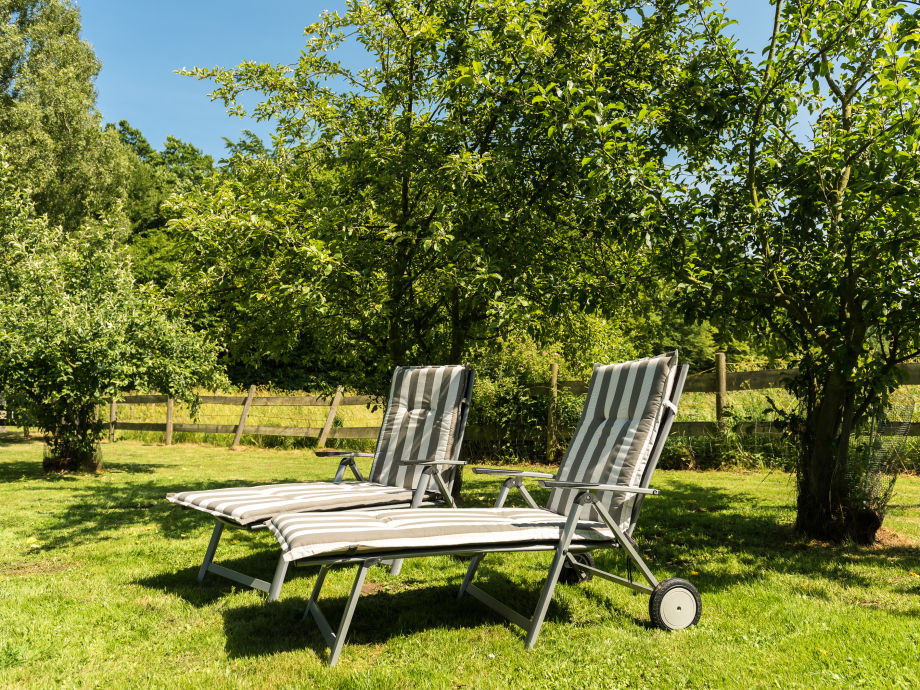 ferienwohnung bendfeldt gelb l becker bucht frau heidi bendfeldt. Black Bedroom Furniture Sets. Home Design Ideas
