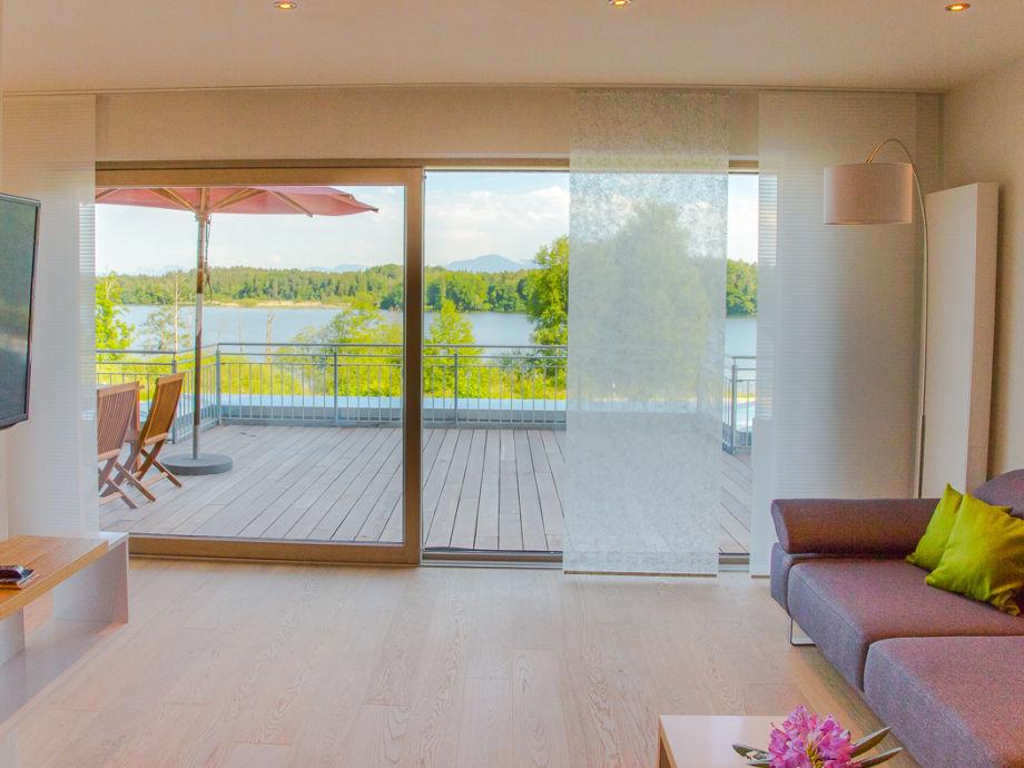 Ferienwohnung alpa art im ferienhaus lebensart am see for Design hotel chiemsee