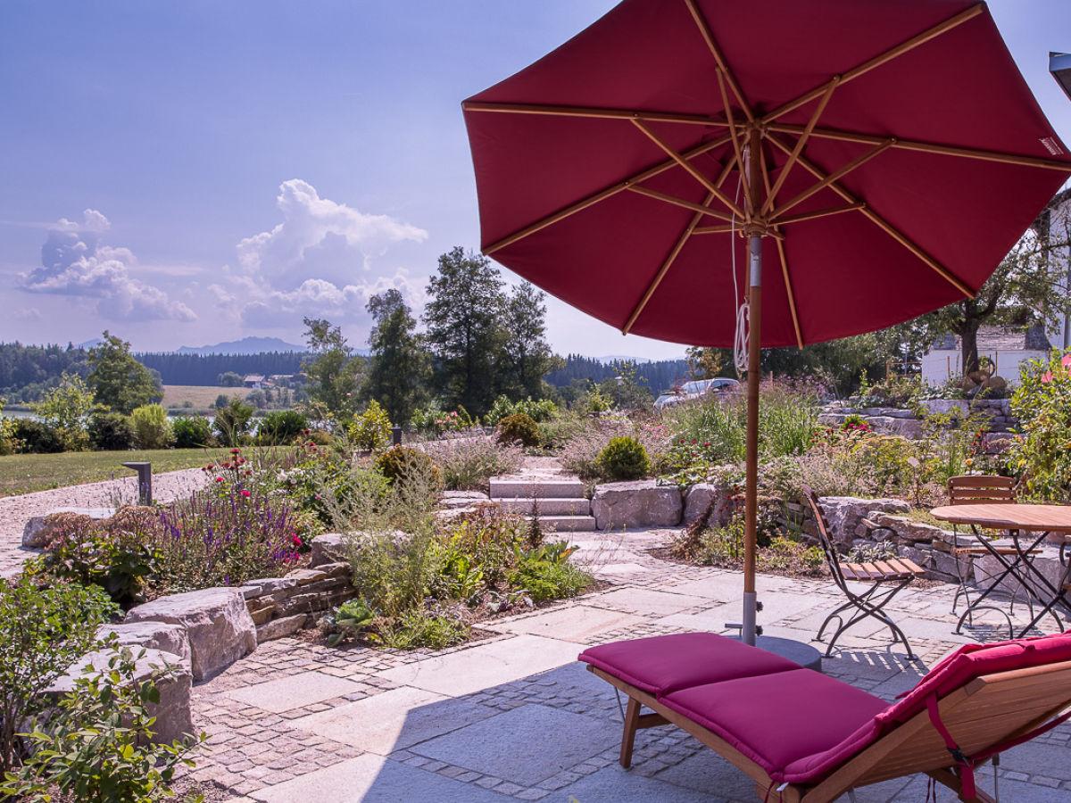 Ferienwohnung rosengarten im ferienhaus lebensart am see for Ferienwohnung am see