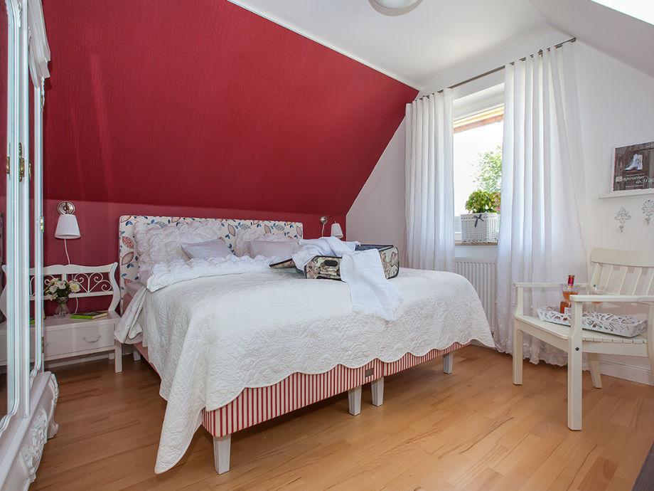 2. Schlafzimmer im 1. OG