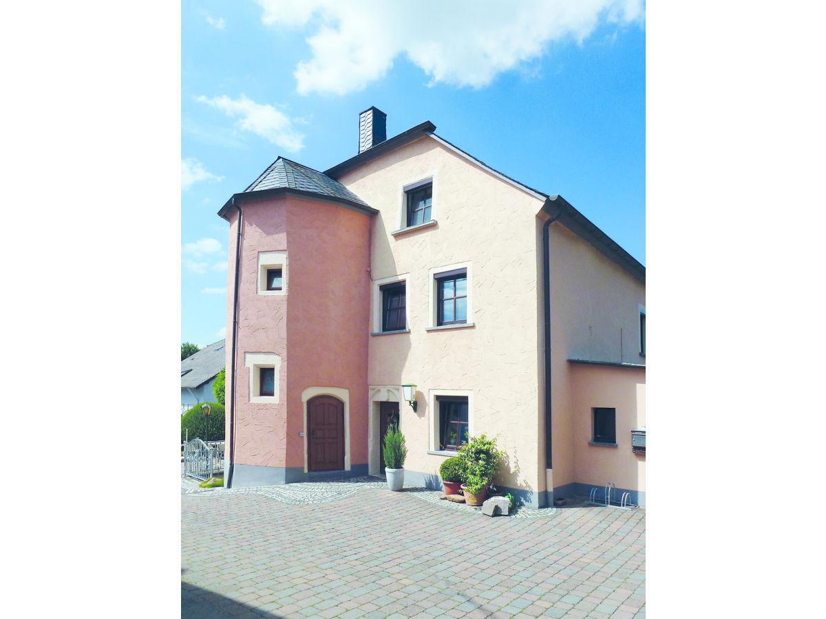 Ferienwohnung in der Klosterschenke Stemper, Trier, Frau Erika Stemper