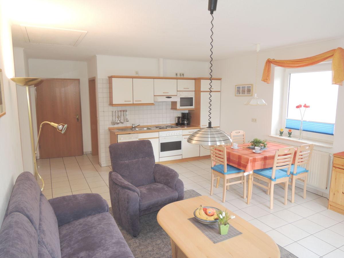 ferienwohnung enke auf dem norderhof hansen nordstrand frau bleike schulte. Black Bedroom Furniture Sets. Home Design Ideas