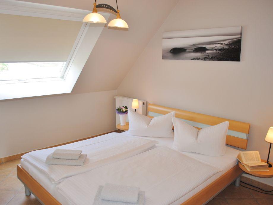ferienwohnung im haus k ster ostsee r gen herr thomas klitzsch. Black Bedroom Furniture Sets. Home Design Ideas