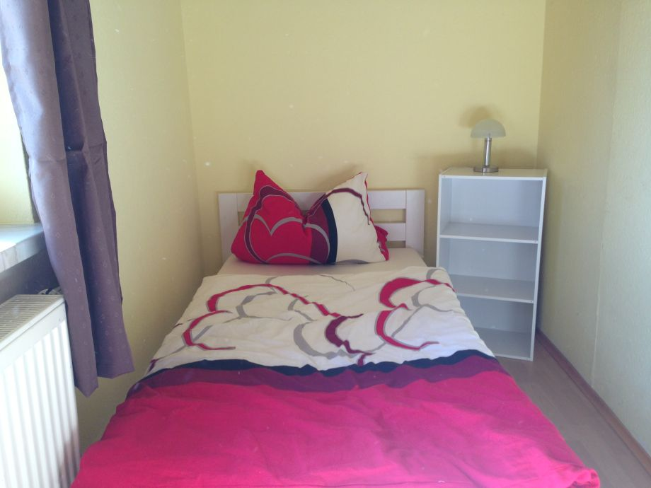 2. Schlafzimmer / Kinderzimmer Mit 2 Betten