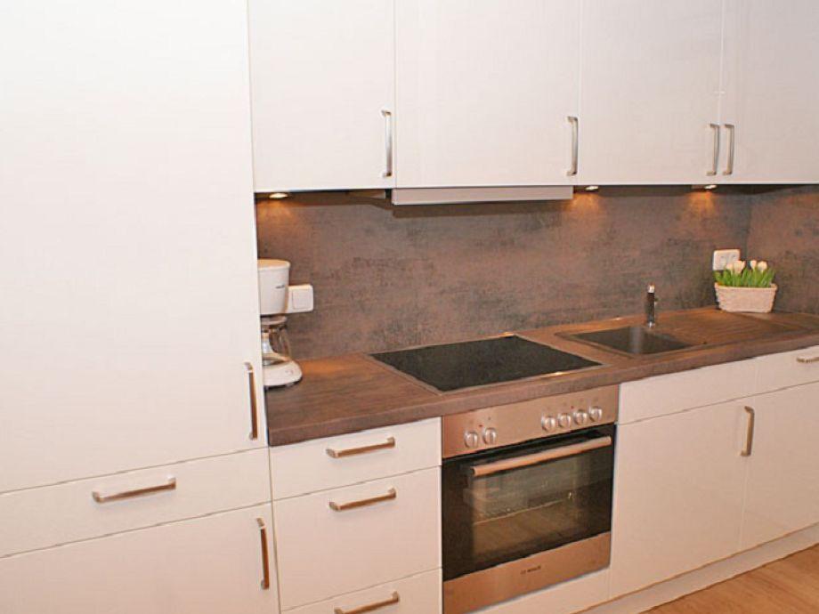 ferienhaus blockhaus damp firma thomas immobilien herr henning thomas. Black Bedroom Furniture Sets. Home Design Ideas