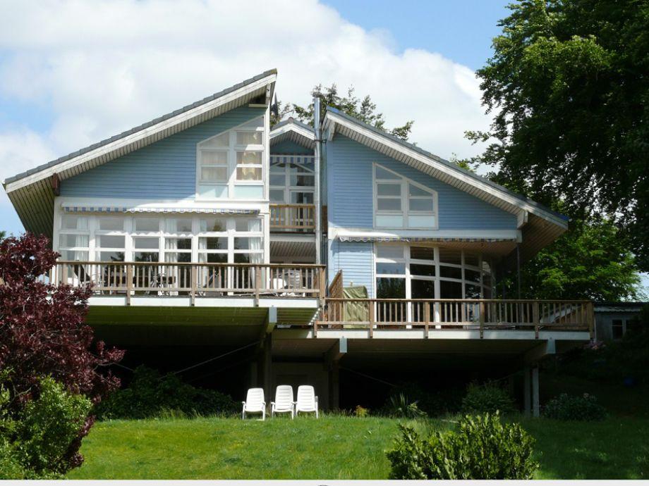 Haus von Seeseite