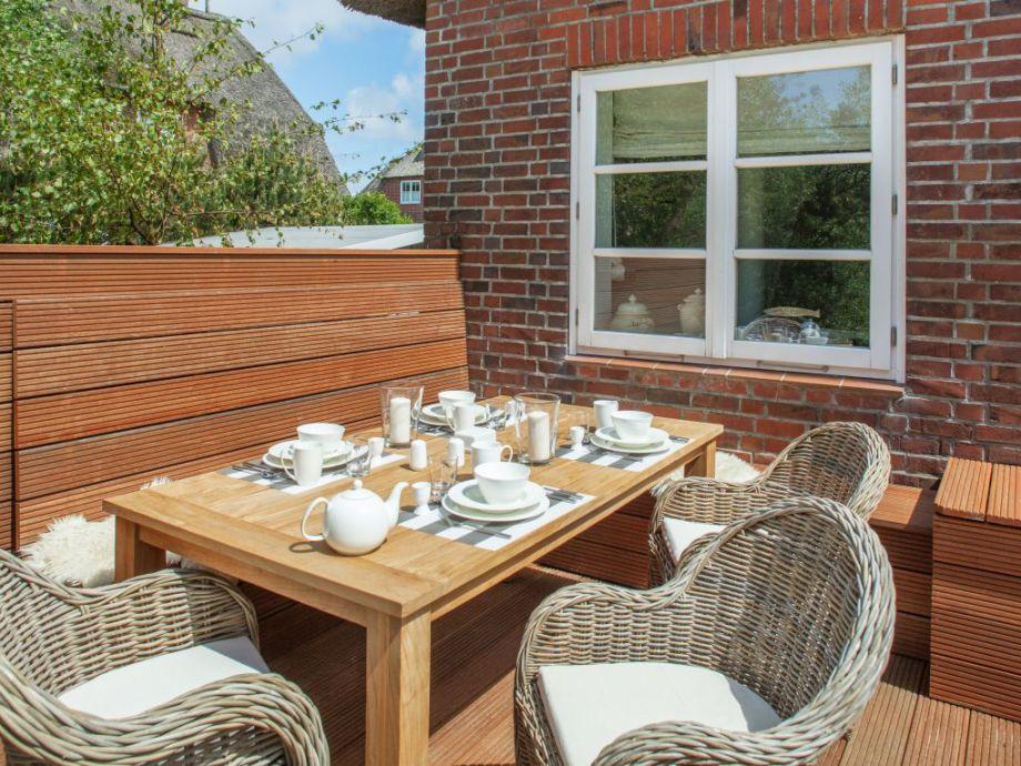 Sitzecke Terrasse ferienhaus list lounge sylt firma appartementvermittlung familie
