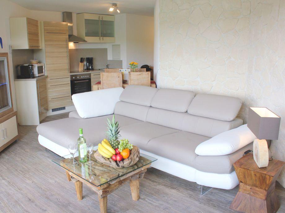 5 sterne ferienwohnung seepanorama im maarberg resort. Black Bedroom Furniture Sets. Home Design Ideas