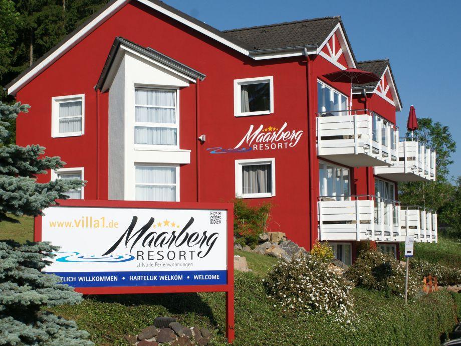 Maarberg Resort, Ferienwohnungen mit Seeblick