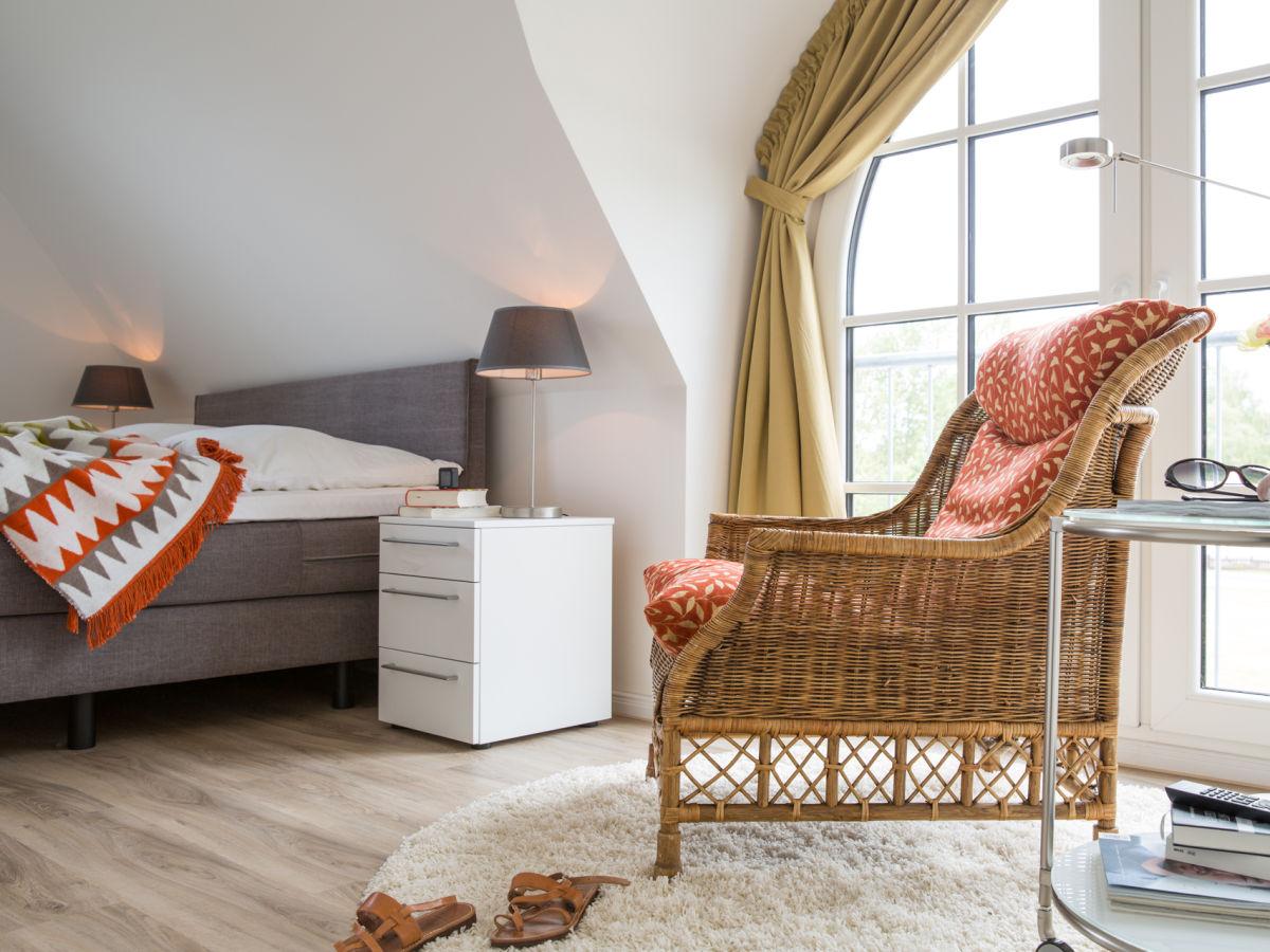 ferienhaus schilfrohrs nger 54 fischland dar zingst. Black Bedroom Furniture Sets. Home Design Ideas