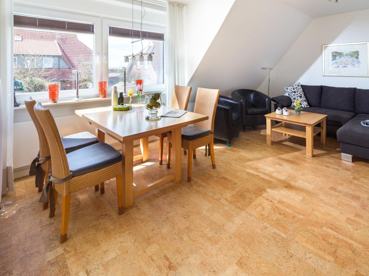 Ferienwohnung 2te heimat ostfriesische inseln frau for Wohnzimmer mit esstisch