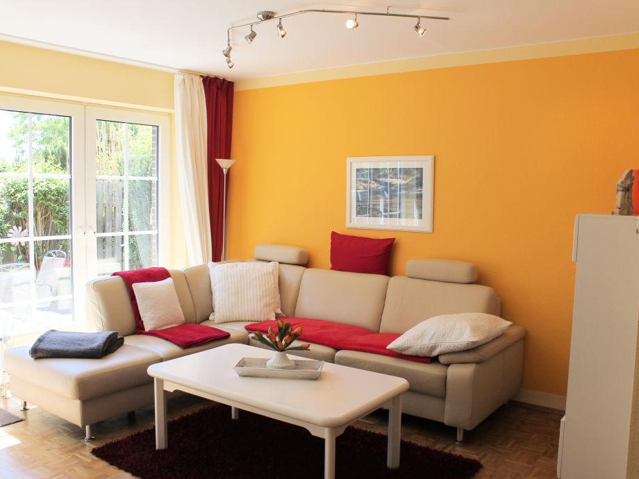Behaglicher Wohnraum in mediterranen Farben