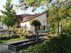 Ferienwohnung Landhaus im Blumeneck - FW Luise