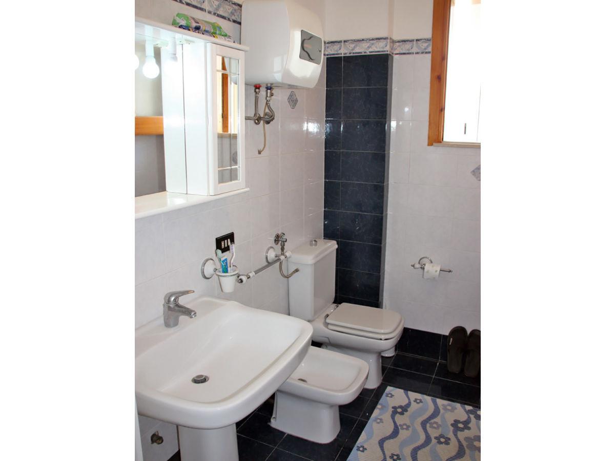 ferienwohnung casa francesca sizilien messina firma. Black Bedroom Furniture Sets. Home Design Ideas