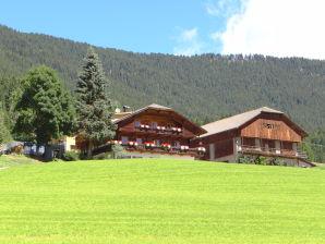 Farmhouse Hochwieserhof