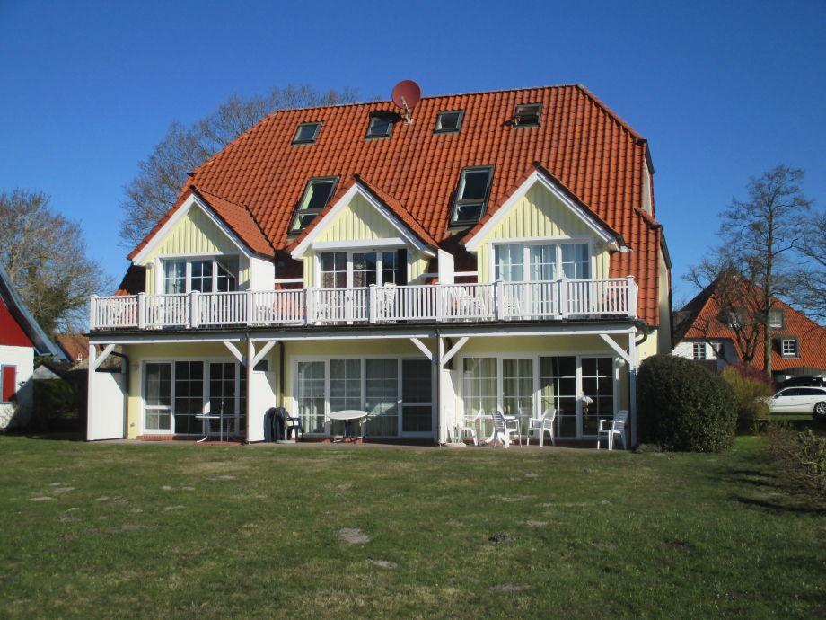 Hausansicht, Wohnung im Dachstuhl rechts, 2 Stockwerke