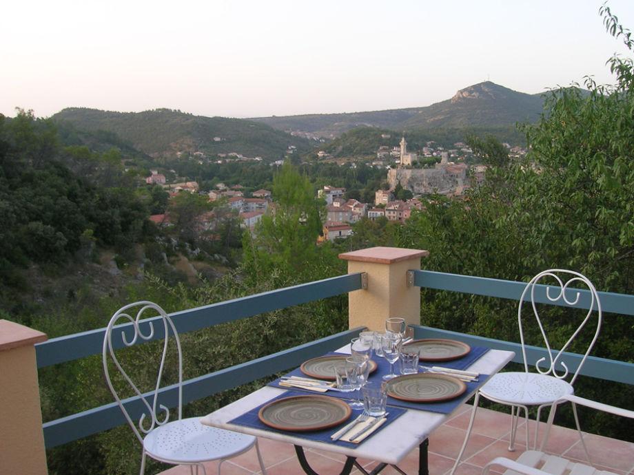 Blick von der Terrasse auf Saint Ambroix